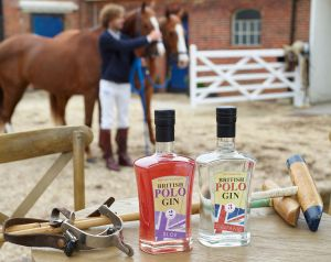 Polo-Gin-outside-LB9389-w-.jpg